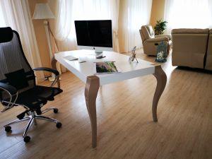 Офисный стол для кабинета