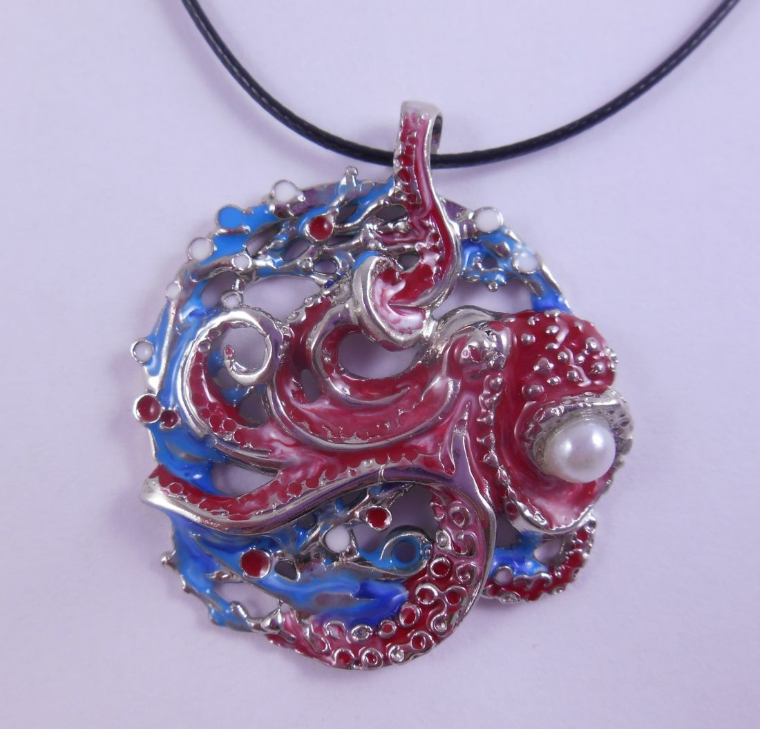 Кулон Осьминог из латунь и покрытие под серебро (синие  водоросли)