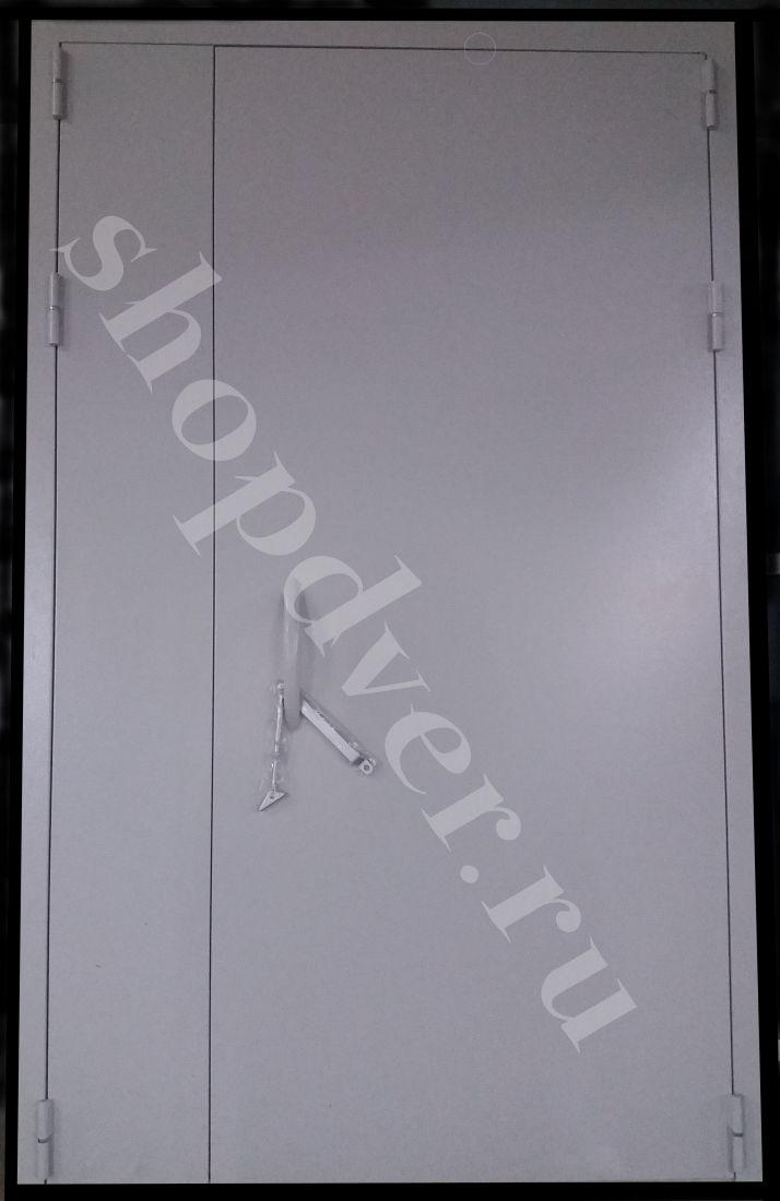 Тамбурные двери окрас нитро эмалью
