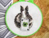 "Digital cross stitch pattern ""Bunny with clover""."