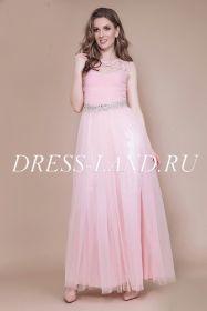 Розовое вечернее платье со стразами