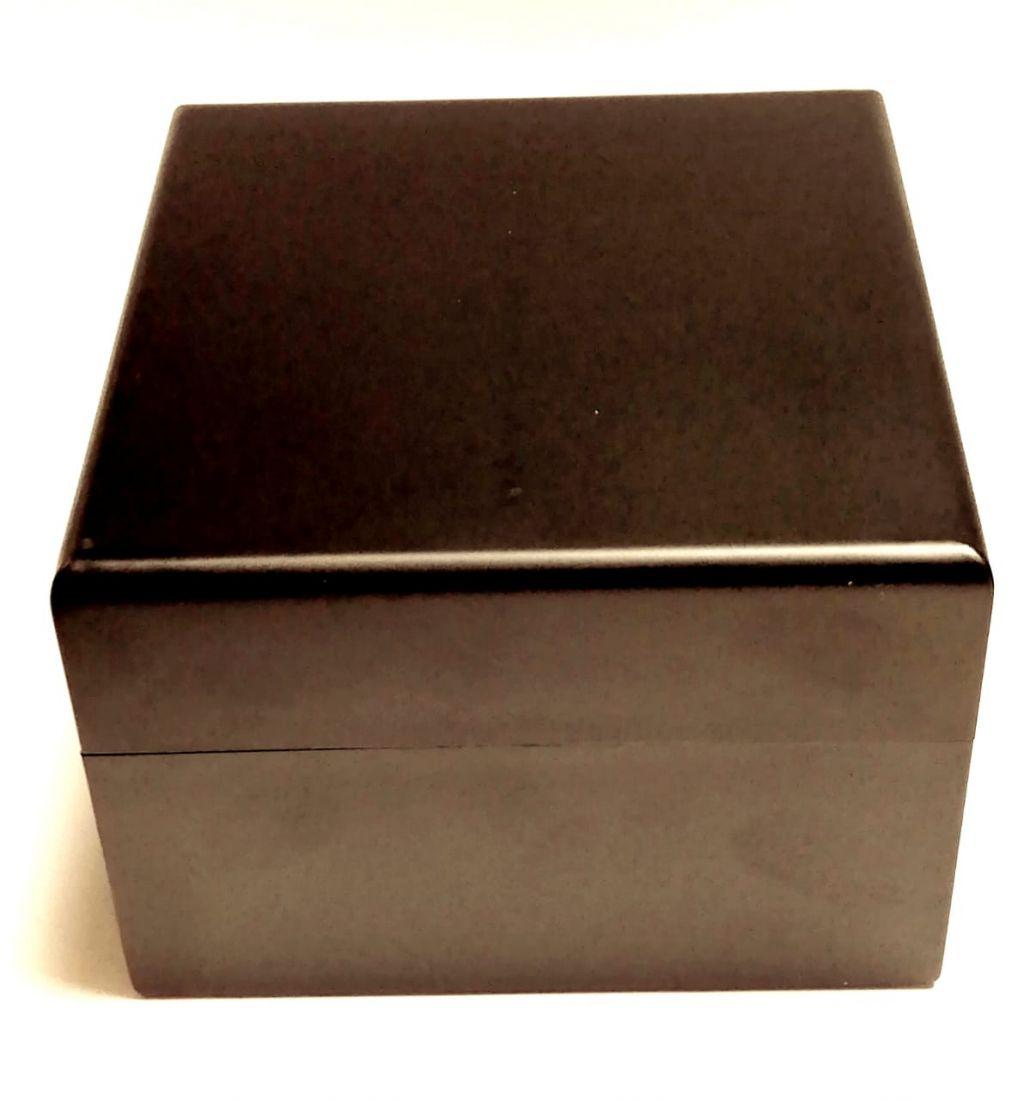 Коробка под часы подарочная