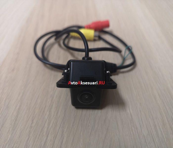 Штатная камера заднего вида для Peugeot (4007) 2008-2013