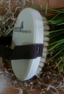 """Щетка банная из натуральной щетины с ремешком с надписью """"Экошопопт"""" 140х90 мм."""