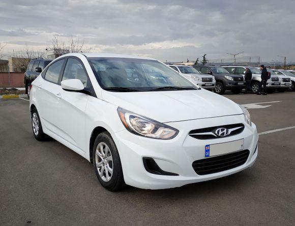 Аренда Hyundai Accent 2014г Автомат 1.6л.