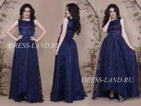 Темно-синее атласное платье с ассиметричным подолом