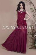 Бордовое облегающее вечернее платье