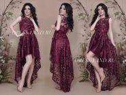 Бордовое платье с ассиметричным подолом