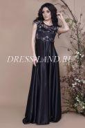 Черное вечернее платье с завышенной талией
