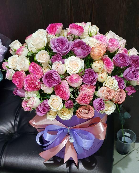 Коробочка микс из пионовидных роз