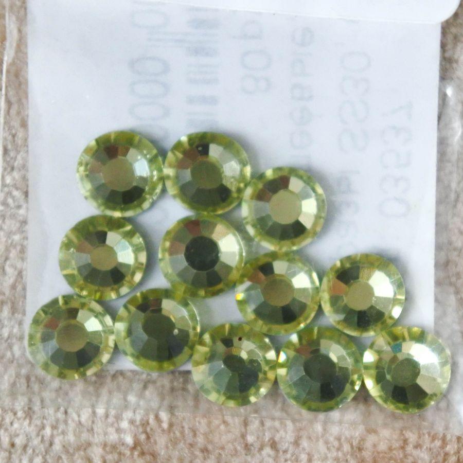 Стразы стеклянные клеевые, цвет Светло-Лимонный, SS30, 12 шт/упак