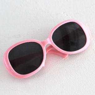 Кукольный аксессуар - очки солнцезащитные розовые, 8 см