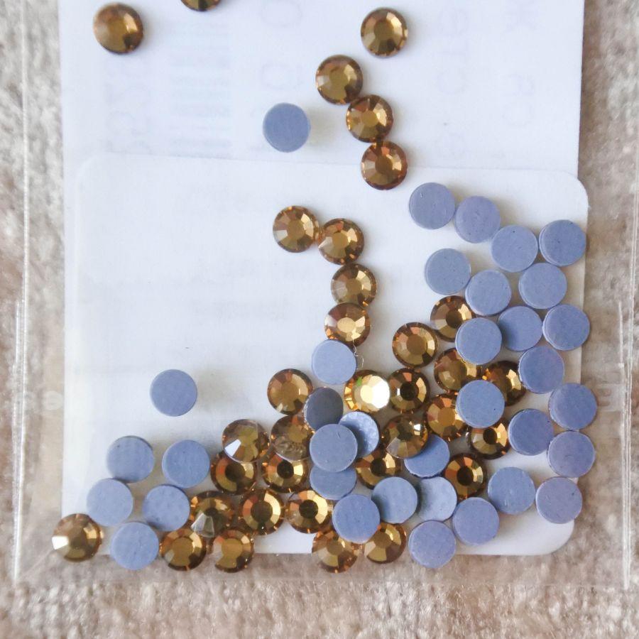Стразы стеклянные клеевые, цвет Светло-Желтый, SS10, 70 шт/упак