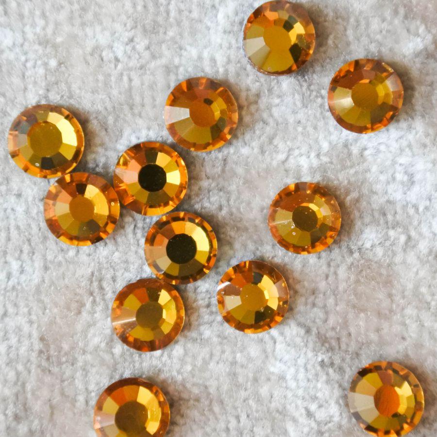 Стразы стеклянные клеевые, цвет Желтый, SS30, 12 шт/упак
