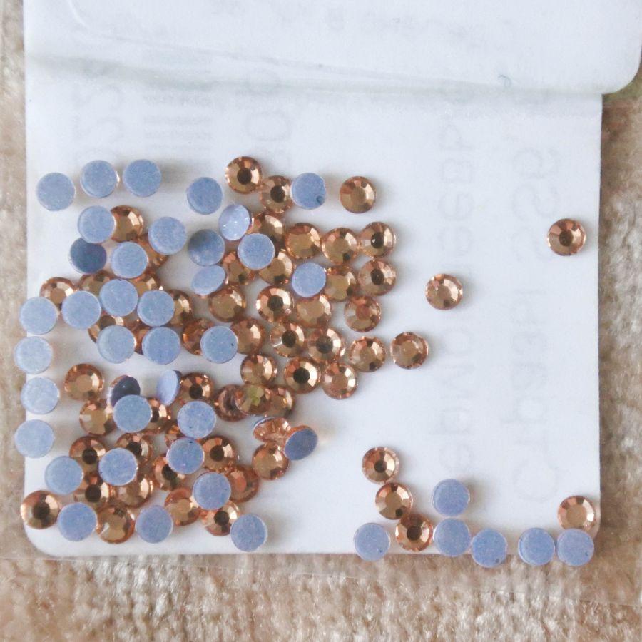 Стразы стекляные клеевые, цвет Персиковый, SS6, 100 шт/упак