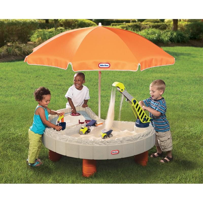 Песочница-столик Little Tikes с зонтом и зоной для воды 401N