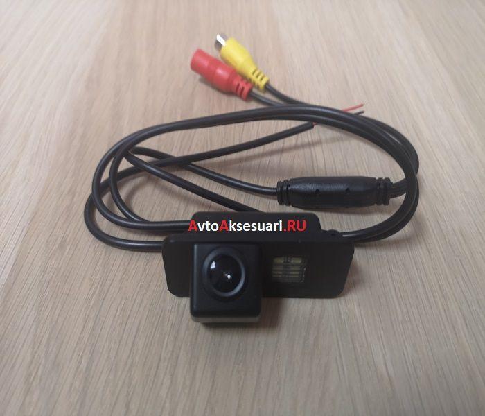 Камера заднего вида Форд Фиеста