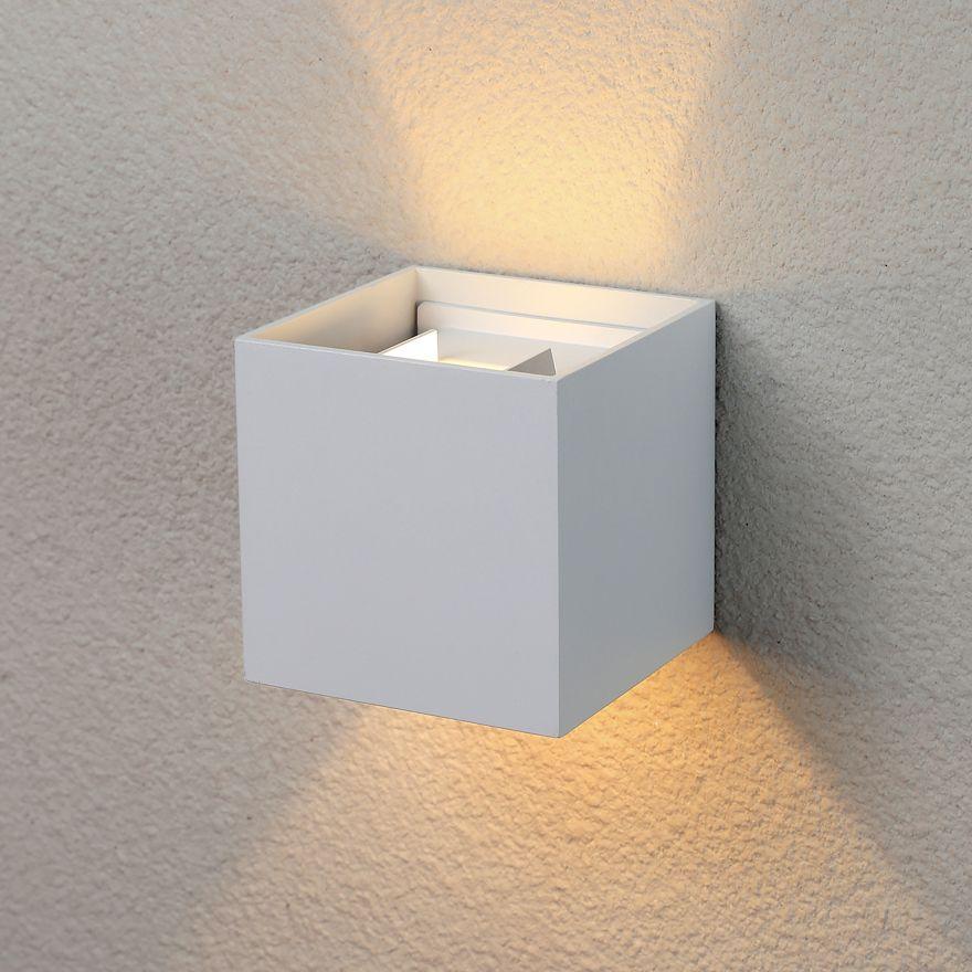 Уличный настенный светодиодный светильник Elektrostandard 1548 TECHNO LED WINNER белый