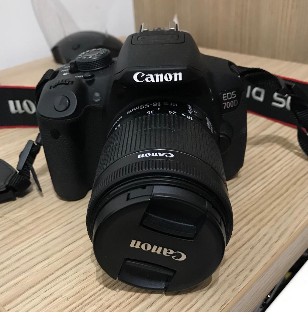 Canon EOS 700D KIT 18-55 IS II