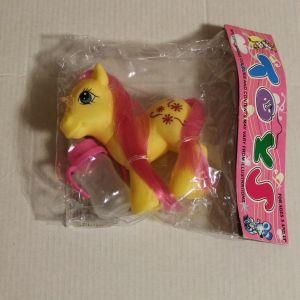 ! пони желт+бутылочка, ячейка: 28