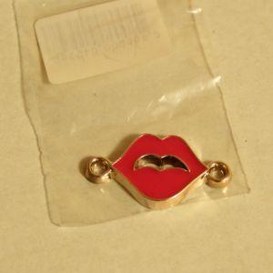 ! укр дбраслета губы роз, ячейка: 106
