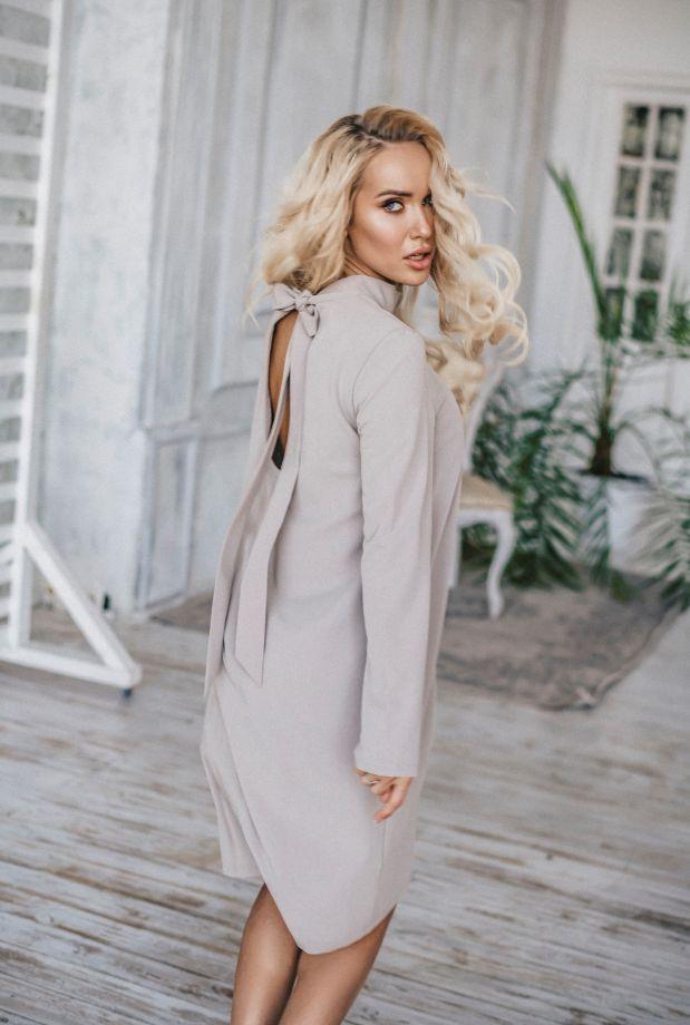1137. Платье