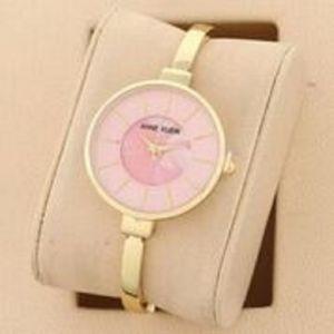 Наручные женские часы Anne Klein