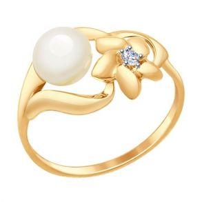 Кольцо из золота с жемчугом и фианитом 791040 SOKOLOV