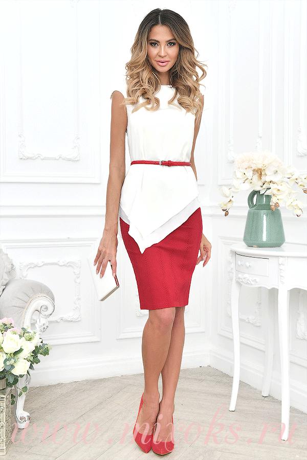 Красная юбка с топом