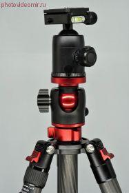Штатив FST PTС-2804B2 карбоновый с шаровой головкой