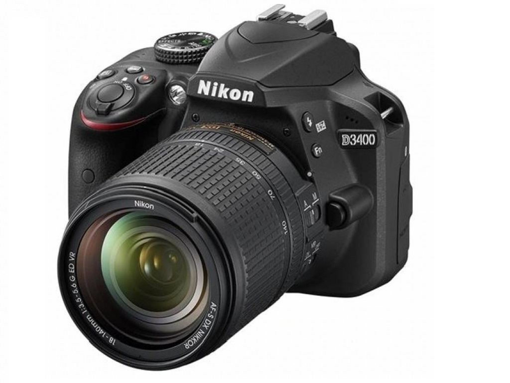 Nikon D3400 Kit 18-140mm f/3.5-5.6G ED VR DX AF-S