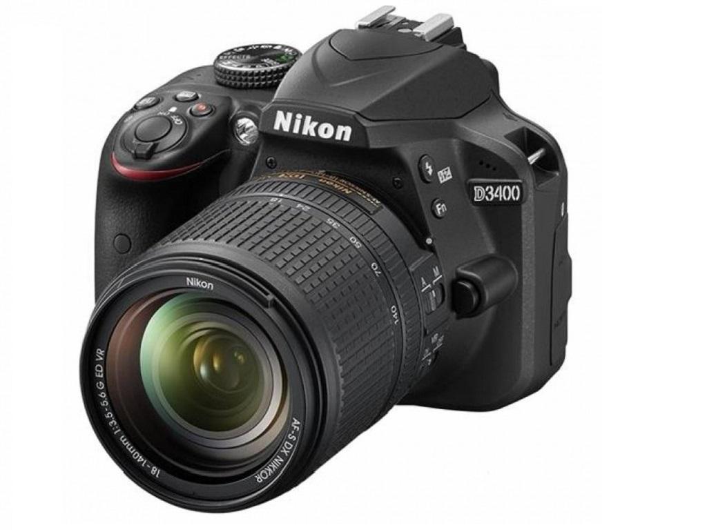 Nikon D3400 Kit 18-140mm f/3.5-5.6G ED VR DX AF-S