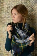 шотландский тонкорунный легкий широкий палантин (шарф) Альба, 100% шерсть- тонкая нить мулине , расцветка клана Гордон (парадный вариант) ALBA GORDON DRESS, плотность 2