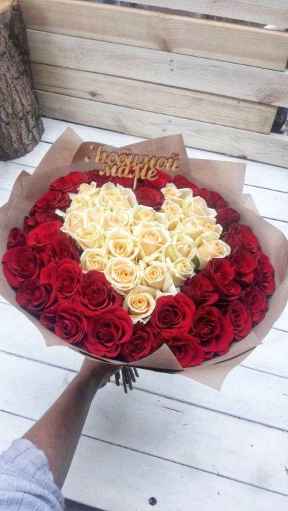 71 роза с топпером Маме