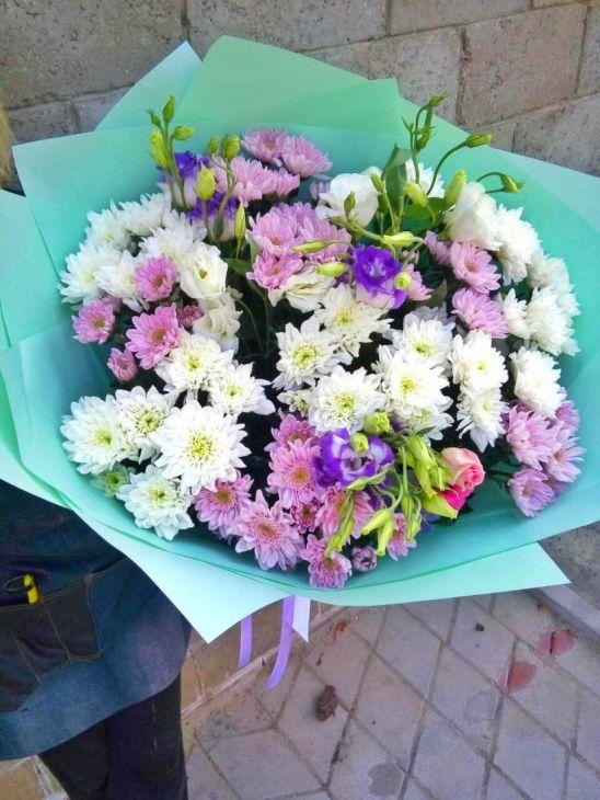 Цветочный микс хризантем