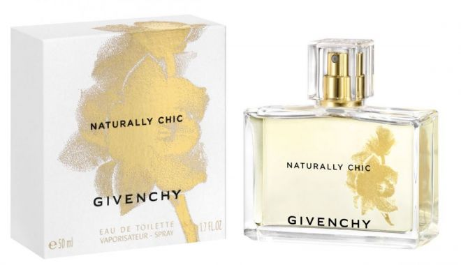 Givenchy  NATURALLY CHIC