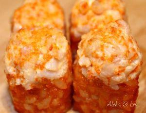 045 Запеченный ролл Калифорния с сырным соусом