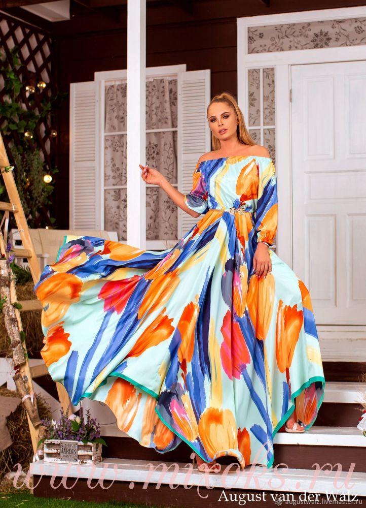 Летнее платье из шелка голубое