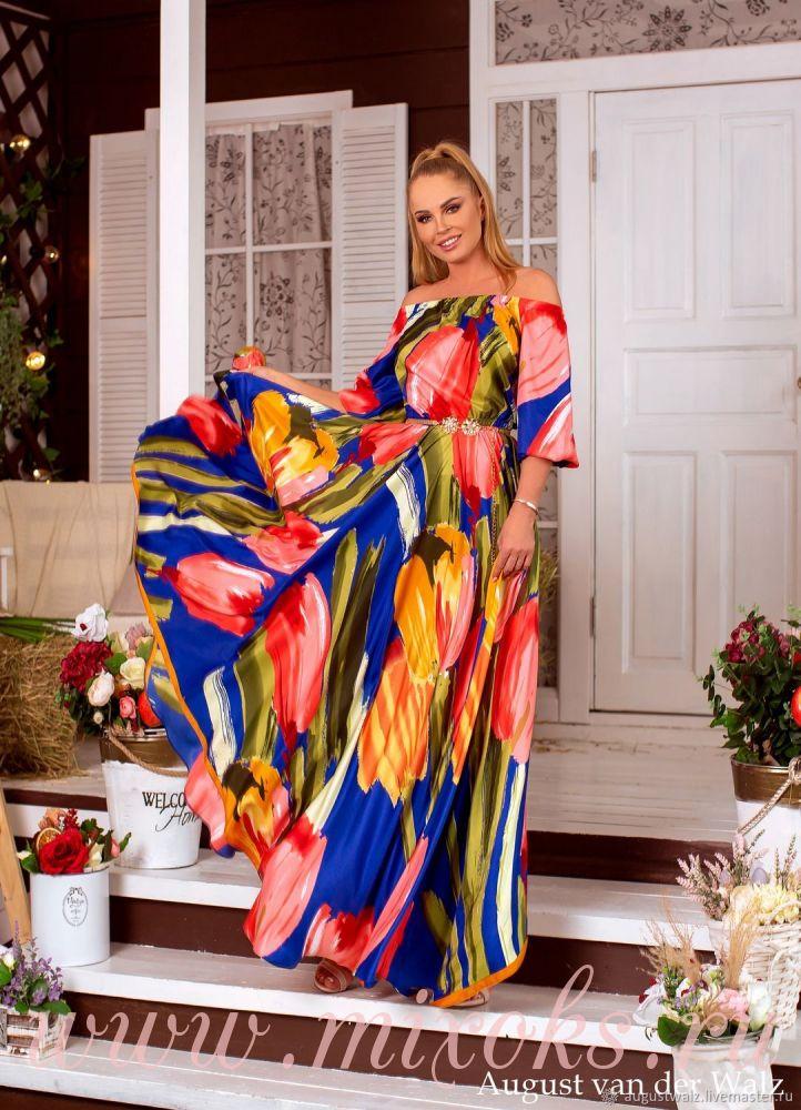 Летнее платье из шелка синее