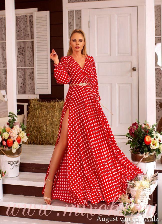 Красное платье в горошек