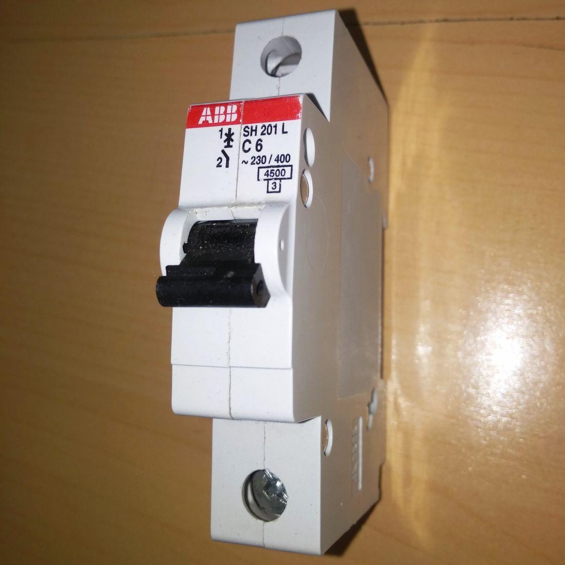 Выключатель SH 201 L C 6 ABB