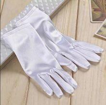 Перчатки  атласные белые короткие