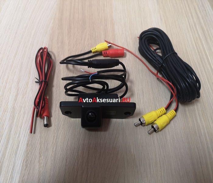 Камера заднего вида Ford Mondeo 3