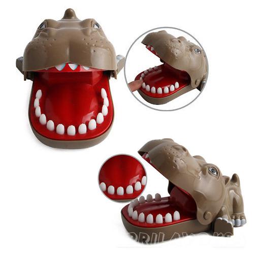 Развивающая игрушка - ловушка Play The Game, бегемот
