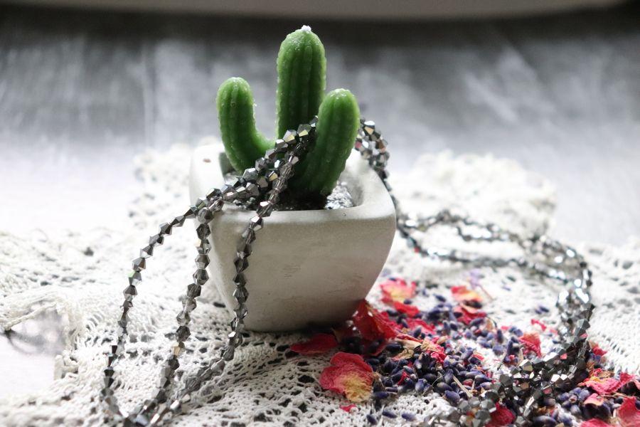 Бусины стеклянные, граненый биконус, нитка 40 см, цвет 606, Серебро
