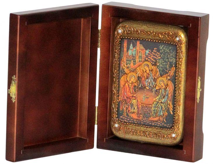 Инкрустированная настольная икона Троица (10*15 см, Россия) на натуральном мореном дубе, в подарочной коробке