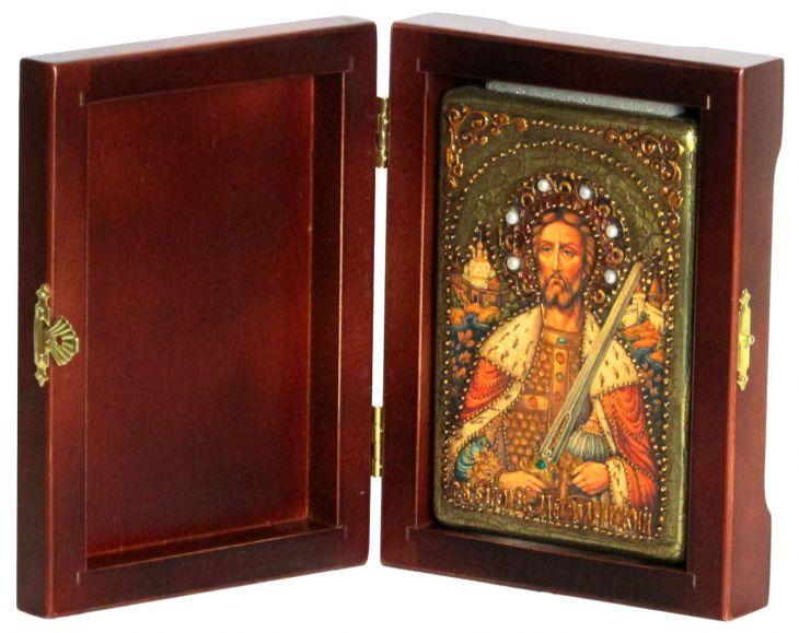 Инкрустированная настольная икона Святой благоверный князь Александр Невский (10*15 см, Россия) на натуральном мореном дубе, в подарочной коробке