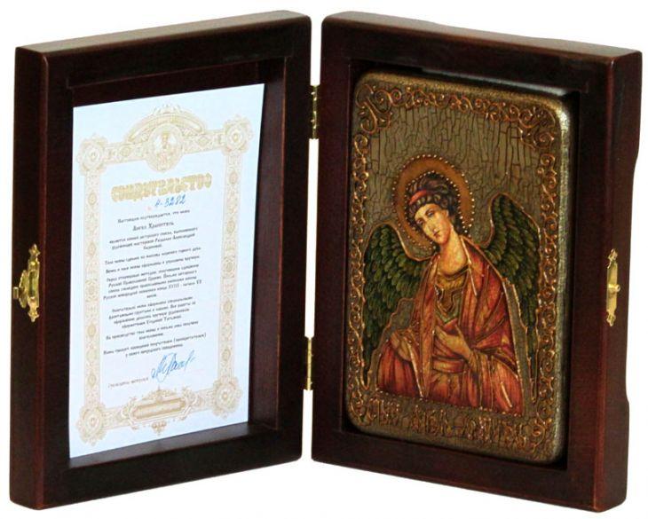 Настольная икона Ангел Хранитель (10*15 см, Россия) на натуральном мореном дубе в подарочной коробке
