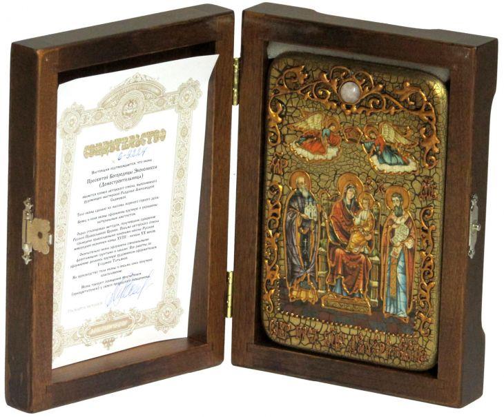 Настольная икона Божией Матери «Пресвятой Богородицы «Экономисса (Домостроительница)» на мореном дубе