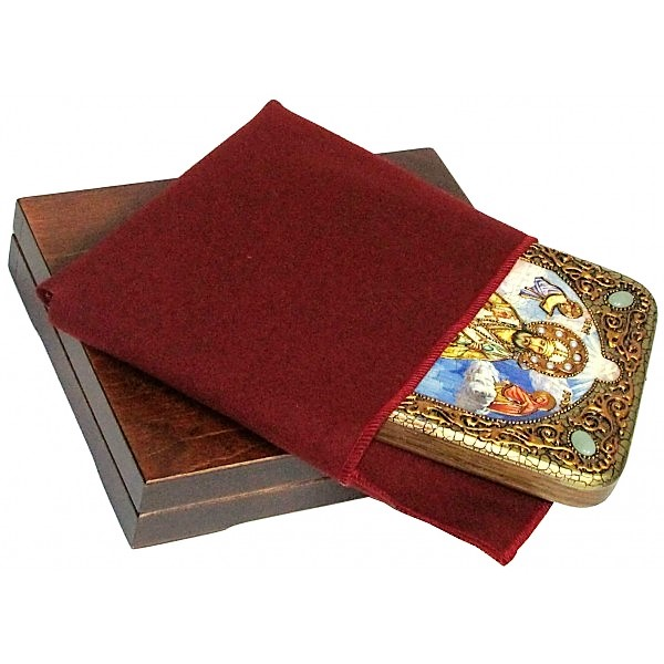 Инкрустированная настольная икона Святитель Тихон Задонский (15*20 см, Россия) на натуральном мореном дубе, в подарочной коробке